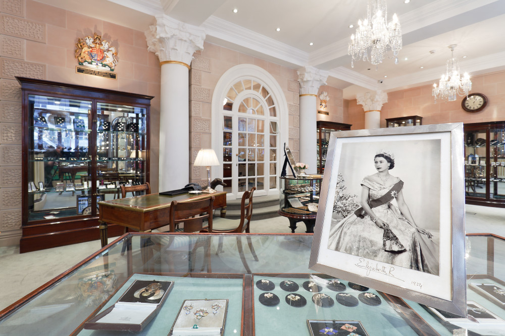 Bentley & Skinner: Jewellery fit for a princess